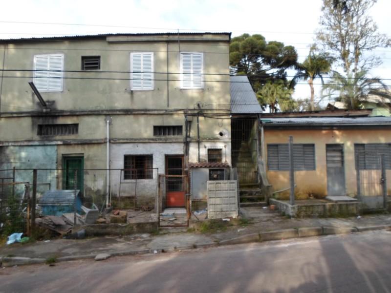 Excelente terreno de esquina,   12X50 – Frente Norte   Próximo a Rotula da João de Oliveira Remião.    *VENDE JUNTO C/IMÓVEL CÓDIGO CS31003163.