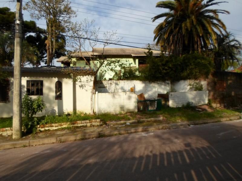 Excelente terreno de esquina, Próxima a faculdade de Agronomia UFRGS,   na Avenida Bento Gonçalves Porto Alegre - RS  12X50  Frente Norte   Próximo a Rotula da João de Oliveira Remião.    *VENDE JUNTO C/IMÓVEL CÓDIGO CS31003163. Os 2 vende por R5.000.000,00.