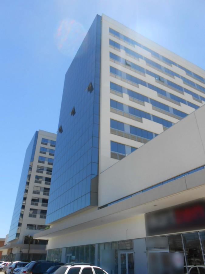 Sala comercial, 35,03m.Conjunto com 4 salas:  610, 611, 613  e 615Proprietário só vende as 4 salas juntas!