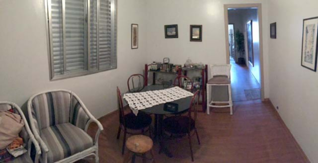 Apartamento de 2 dormitórios,  bairro Santatna/Farroupilha, Porto Alegre, próximo ao shopping João Pessoa, desocupado, bem localizado, térreo, frente, com privacidade, pátio, living, cozinha, banheiro social, dependência de empregada, churrasqueira no pátio, banheiro auxiliar.Edifício com gradil, porteiro eletrônico.