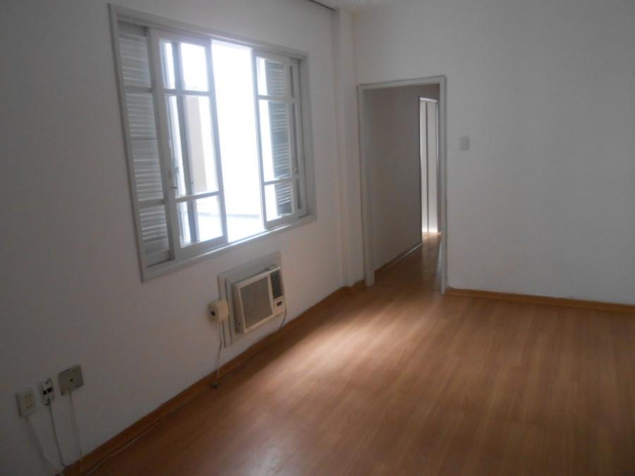 Apartamento 3 dormitório , living amplo , proximo da Protasio Alves e Alvaro Alvim .